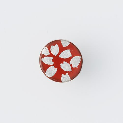 越前塗のピンズ(丸型・朱 プラチナ さくら)